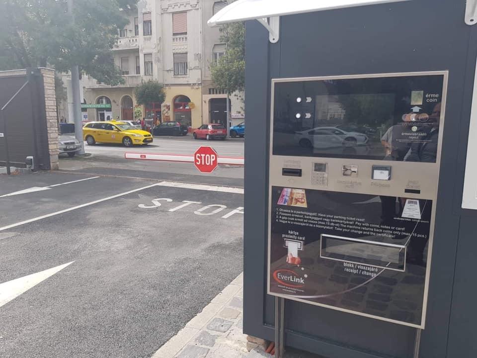 Beléptető és fizető parkolórendszerek